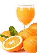 Портокаловият сок е вреден за зъбите