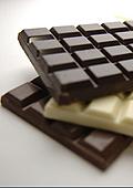 Шоколадът намалява смъртността при хората със сърдечни проблеми