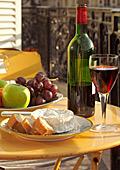 Вино, зеленчуци и малко месо.... рецепта за дълголетие