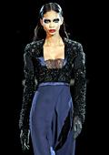 Париж посрещна готик-партито на Givenchy