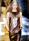 """Актуални рокли за есента на 2010 """"by Gucci"""""""