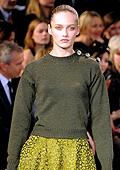 Романтика и женственост в Louis Vuitton Есен-Зима 2010-11