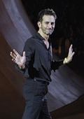 Marc Jacobs admits he needs ''stimulation'' when it comes to work