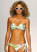 Trends in swimsuits for the season Spring - Summer 2010