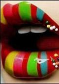 Привлекателните устни подмладяват
