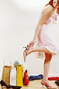 Жените помнят повече първите си обувки, отколкото първата целувка