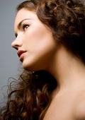 Течните кристали - начин всеки да постигне копринена, бляскава и гладка коса