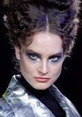 Beauty trends in make-up for Fall/Winter 2010-11 from the Paris Couture fashion shows