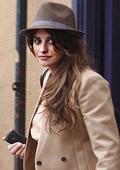 Pregnant Penelope Cruz does not give up the small joys in life