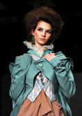 Младите руски дизайнери, които освежават модния подиум в Москва
