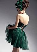 Къса или дълга рокля да изберете за абитуриентския си бал ?