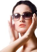 Слънчеви очила в зависимост от лицето и косата
