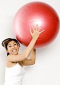 Упражнения с швейцарска топка в домашни условия