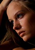 Сълзите не са само проява на чувства