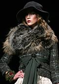 Модни тенденции есен-зима 2011/2012: Кожени облекла