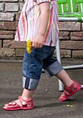 Най-актуалните  модели обувки за  малките принцеси на мама