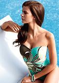 Плажен дрескод за лятото на 2011 от Триумф