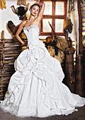 Модни тенденции  при сватбените рокли за зимата на 2011-2012