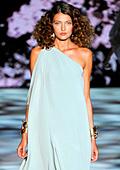Модни тенденции за пролет-лято 2011: Макси, макси, макси!