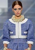 Лагерфелд представи заредена с енергия колекция на Седмицата на модата в Париж