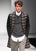 Прагматична мъжка мода на модния подиум в Сингапур