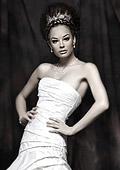 Духът на 50-те завладя булчинските рокли за 2013
